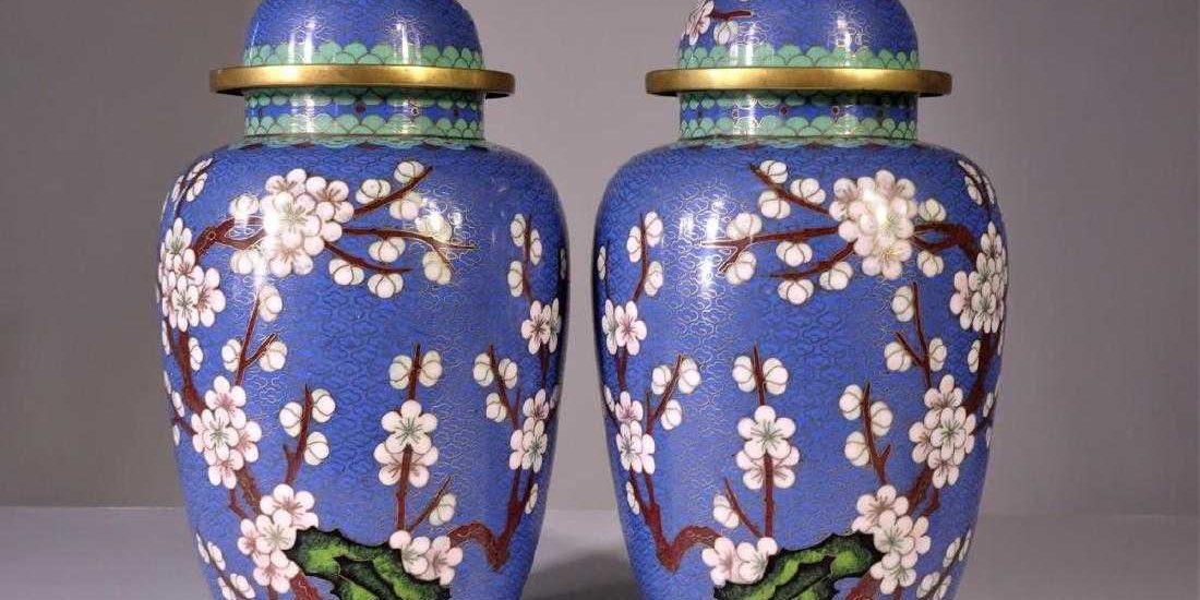 Chinese Urns