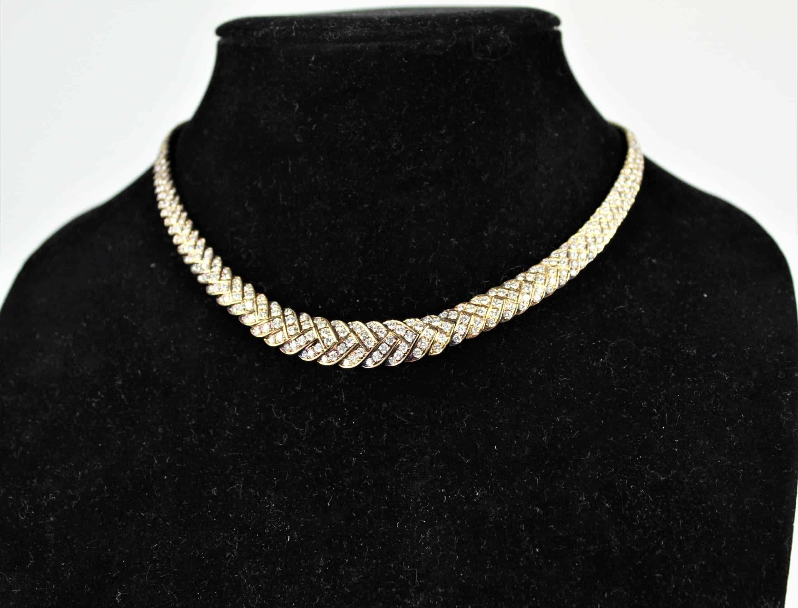 Italian 18 Carat Gold and Diamond Necklace