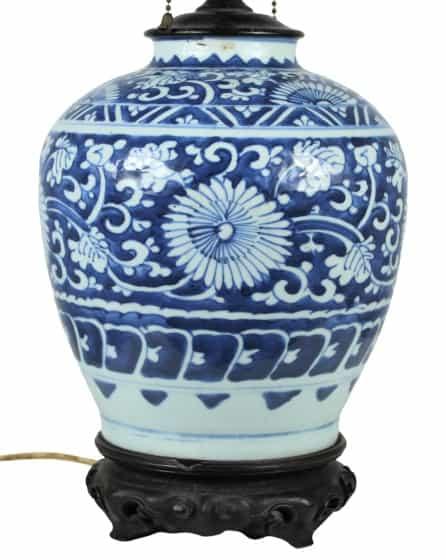 Kang Xi (1661-1722) B & W Enameled Porcelain Lamp